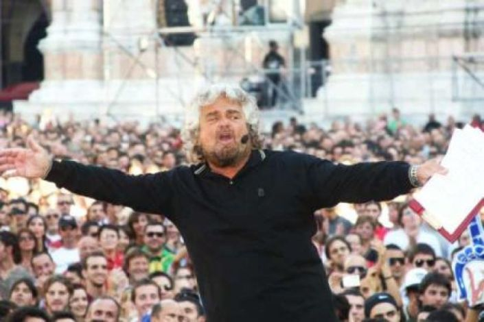l43-beppe-grillo-121015210305_big
